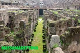Karakteristik Eksterior, Arena dan hypogeum Koloseum